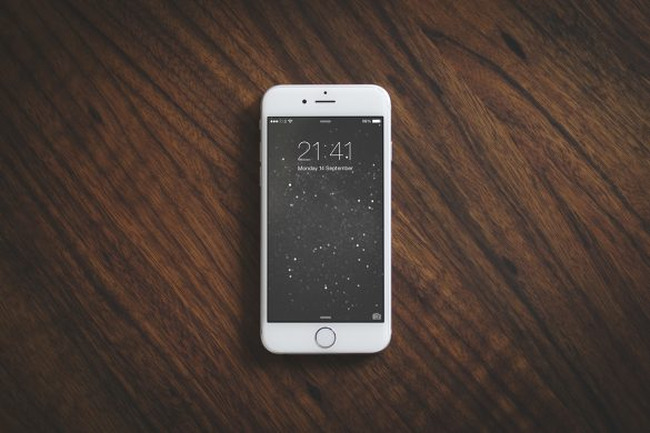 iPhone 6S Photography Mockup Freebie