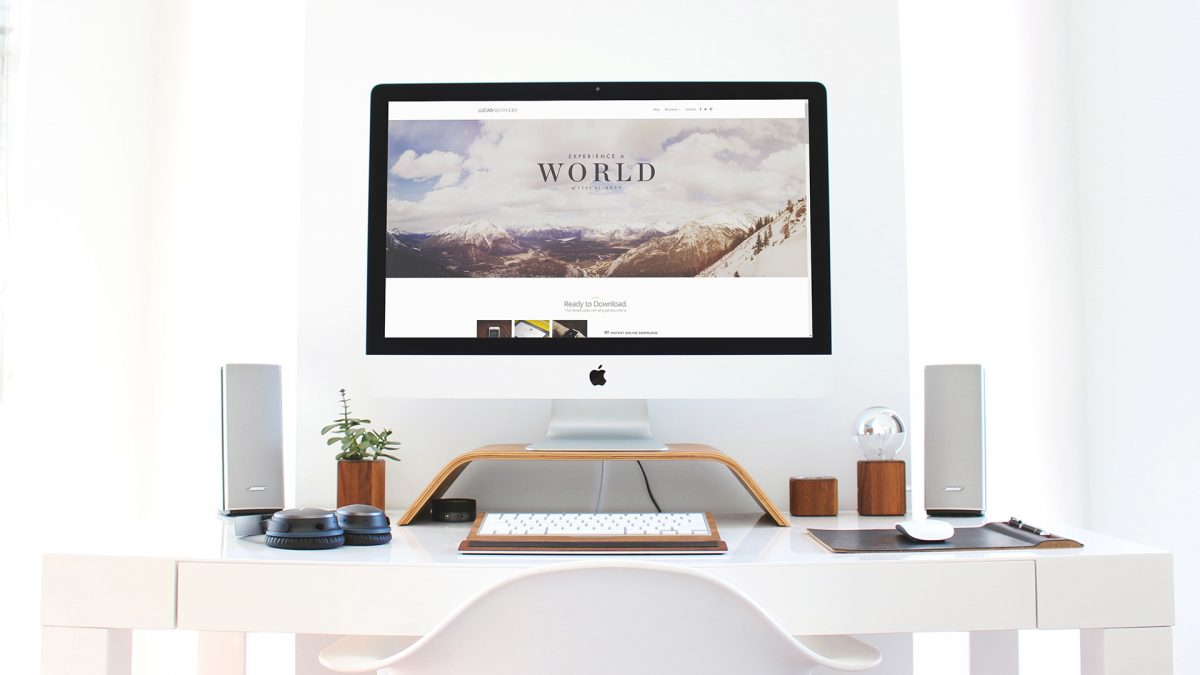 Apple iMac Workspace Mock-Up Freebie